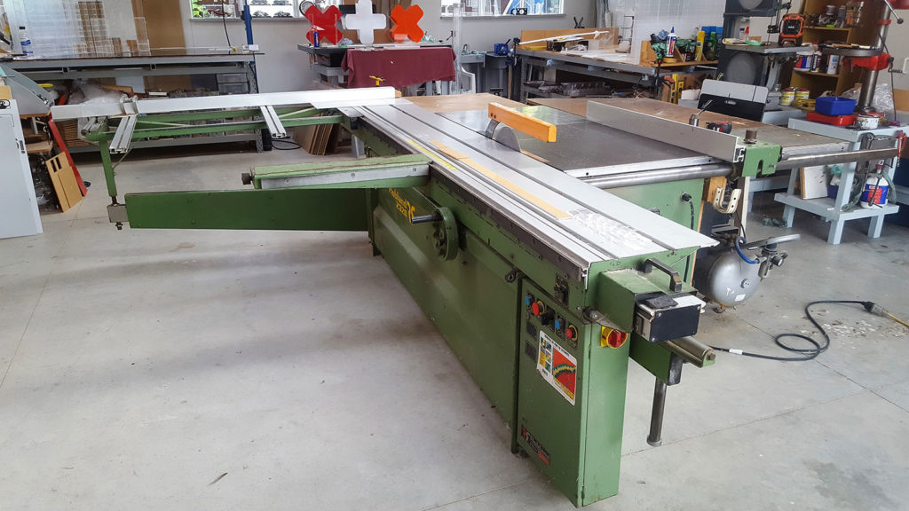 machine for cutting acrylic sheets, footpath and beyond signs christchurch